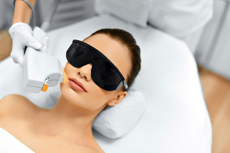 IPL Photo Facials to Rejuvenate the Skin